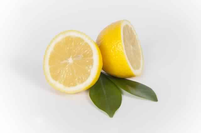 sliced-lemon-667554_640