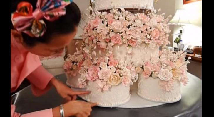 travaille pendant des mois pour créer son gâteau de mariage ...