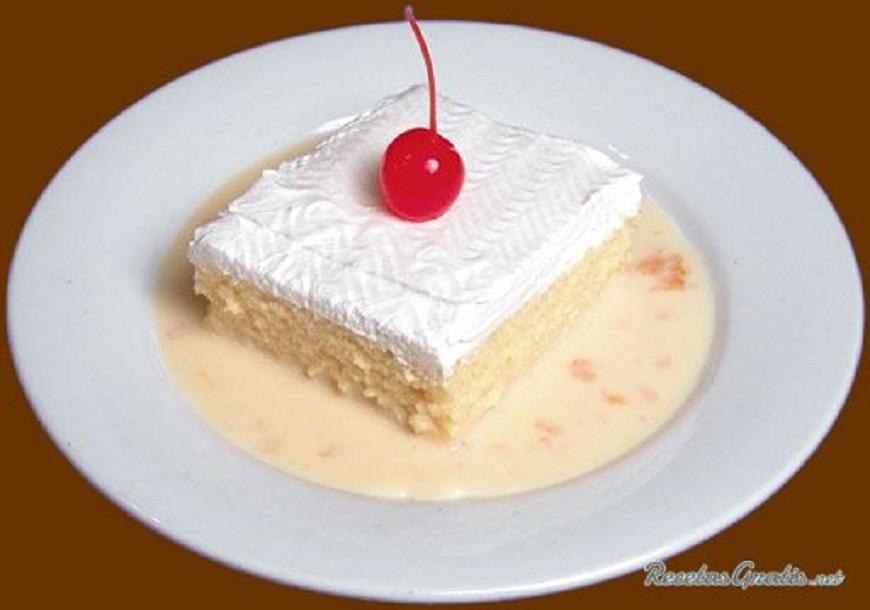 Ce délicieux gâteau aux 3 laits est l'un des plus faciles à faire
