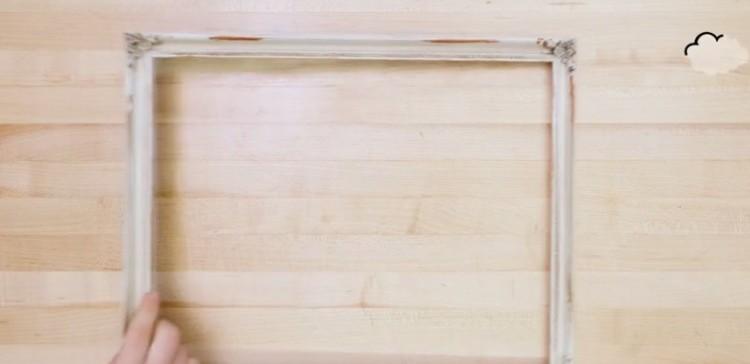 voici comment fabriquer un joli cadeau pour la f te des. Black Bedroom Furniture Sets. Home Design Ideas
