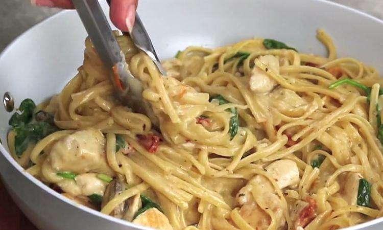 Linguine au poulet à la Florentine : une recette que toute la famille va adorer!