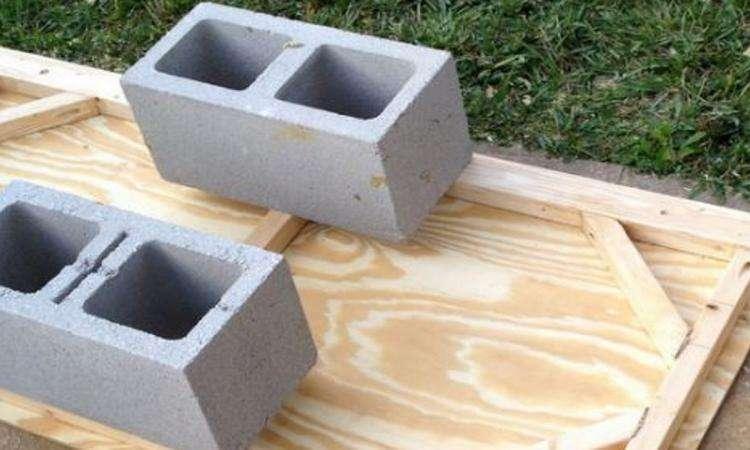 Une excellente astuce pour planter des plantes succulentes dans des blocs de béton